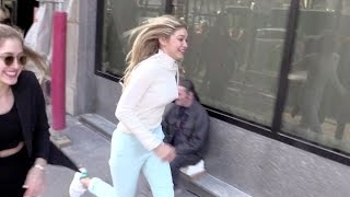 Download EXCLUSIVE - Gigi Hadid running for her life in Paris Video