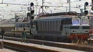 Download Transiti a Milano Centrale e Rho nel 1996 - Trains in Milano Centrale and Rho in 1996 Video