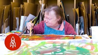 Download Giving Artists With Disabilities a Space to Thrive Video