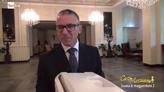 Download Scuola di maggiordomi 2 - Caro Marziano 21/06/2017 Video