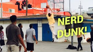 Download NERDS DUNK ON HOOPERS AT VENICE BEACH!! Video