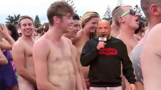 Download Ruben live vanaf het naaktstrand - DE GROTE IMPROVISATIESHOW Video