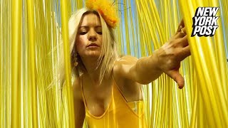 Download This woman's entire world is drenched in the color yellow | New York Post Video