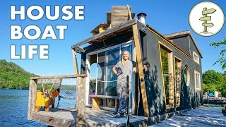Download Living on a 4 Season Houseboat - Beautiful Floating Tiny House! Video