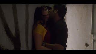 Download Desi aunty in saree super hot kiss Video