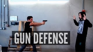Download How to Disarm a Gunman Video