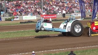 Download Tractorpulling Best of - Crashes / Failures & Wild rides - Motorsports *HD* Video