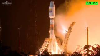 Download Soyuz lifts off from French Guiana with Hispasat 36W-1 Video