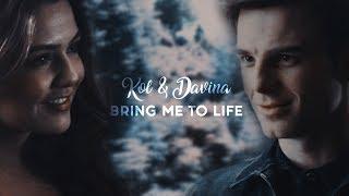 Download Kol & Davina    Bring me to life Video