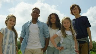 Download KIDS UNITED - L'Oiseau Et l'Enfant (Clip officiel) Video