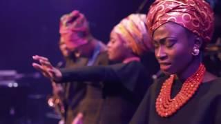Download DEBORAH LUKALU-TU M'AIMES ENCORE/OVERFLOW LIVE Video