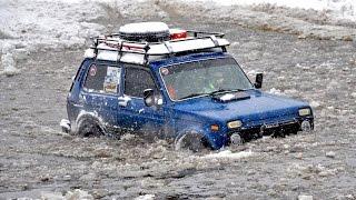 Download НИВА vs Land Rover Defender vs УАЗ vs Jeep Grand Cherokee vs Suzuki Samurai [Off-Road 4х4] Video