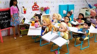 Download FIRST day at school ! Elsa and Anna toddlers - new Barbie teacher & students Video