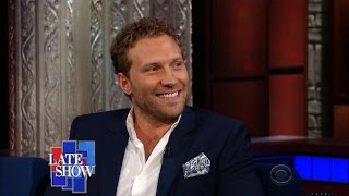 Download Jai Courtney: ″Australians Really Like Canadians″ Video