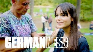 Download Mit HGich.T auf einem illegalen Goa Rave || GERMAN-NESS in Hamburg (3/6) Video