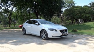 Download 2013 Volvo V40 T4 Start-Up, Full Vehicle Tour, Test Drive, and Night Start-Up Video