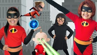 Download Disney Pixar INCREDIBLES 2 Halloween Costumes and Toys Video