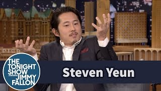 Download Steven Yeun Reveals How He Stayed Mum on His Walking Dead Fate Video