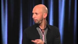 Download Neil Strauss - 3 Magic Questions To Make Her Attracted Video