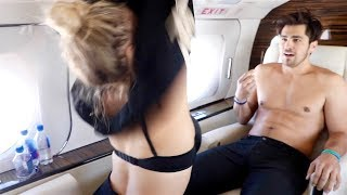 Download SURPRISED FRIENDS WITH $40,000 PRIVATE JET!! Video