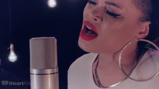 Download Andra Day ″Rise Up″ Live Acoustic Video
