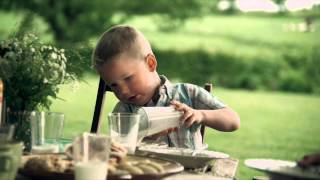 Download Reklamfilm Skånemejerier A-yoghurt Exotiskt besök Video
