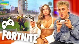 Download I TAUGHT MY GF HOW TO PLAY FORTNITE IN HER BIKINI?! Video