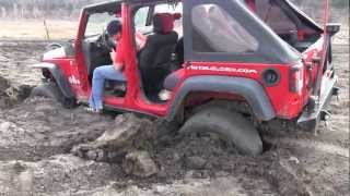 Download 3 Jeeps Rescue Stuck SUV with Trailer and ATV Video