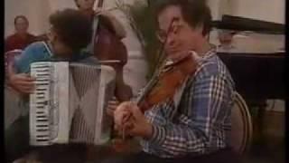 Download Itzhak Perlman plays Klezmer Video