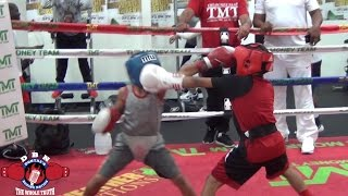 Download MAYWEATHER GYM WARS! NATIONAL CHAMPIONS ROBERT MERRIWETHER VS CURMEL MOTON Video