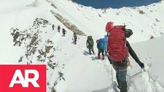 Download Revelan últimos momentos de escaladores de los Himalayas Video