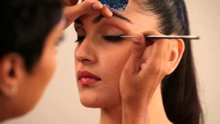 Download Cat Eye Makeup Tutorial In Hindi - मेकअप विडियो ट्यूटोरीयल - Glamrs Video