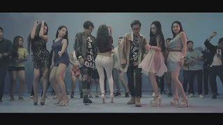 Download Tempo Tris x T.O - គ្រលែង (Kroleng) [Official MV] Video