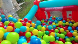 Download 2. kattan 2500 top dolu havuza atladım, eğlenceli çocuk videosu Video