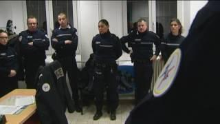 Download 1- Au coeur de la police des frontières Video