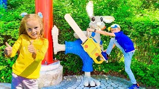 Download Katy and Daddy and Max have fun in the amusement park Video