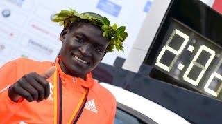 Download Nike marathon runners push to break 2-hour milestone Video
