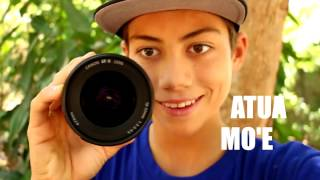 Download How To Hold Your Vlogging Camera - What You Don't Think About Video