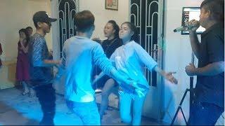 Download BÁ ĐẠO VỚI ĐIỆU NHẢY CHA CHA CHA CỰC VUI CỦA HOT GIRL - CON GÁI MIỀN TÂY - ÂM THANH TUẤN EM BẠC LIÊU Video