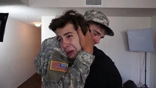 Download SOLDIER SURPRISES BEST FRIEND!! Video