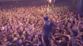 Download Machine Gun Kelly - Young Man (Live) Video