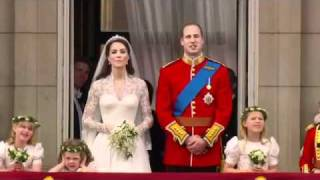Download Prince William and Kate Kiss on the Balcony - The Royal Wedding (14/14) Video