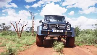 Download Mercedes-Maybach G650 Landaulet driving scenes Video