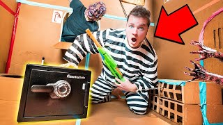 Download BOX FORT PRISON ESCAPE ROOM ABANDONED SAFE!! 24 Hour Challenge Vs Zombies Video
