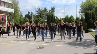 Download Život nije siv (hrvatski znakovni jezik) Video