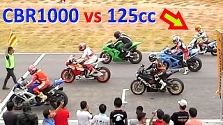 Download CBR 1000 vs 125cc SCOOTER ! Racing on a track Video
