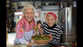 Download Roasted Cauliflower and Lentil Salad Video