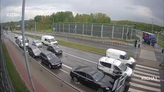 Download Polska - kilka zdarzeń drogowych: kurier potrafi, pomoc policji przy ... wideo Video