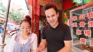 Download Chinese Street Food Near My Apartment in Chengdu, China   Bedspread Noodles and Hand made Dumplings! Video