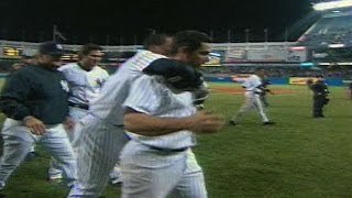 Download Posada wins it with a walk-off homer Video